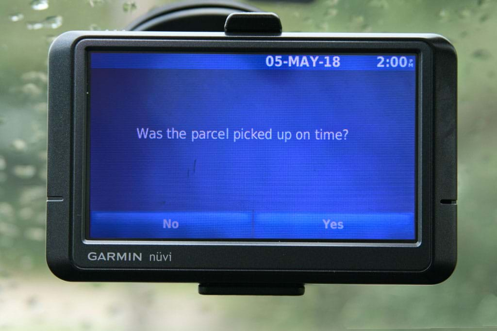 Orders and destinations directly in the navigation system of the vehicle